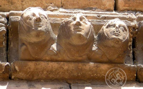 Capiscolia-de-catedral-Burgo-de-Osma,--nornas,-moiras,-parcas
